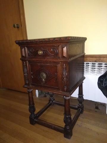Antique 9 Piece Elizabethan Solid Oak Bedroom set For Sale ...