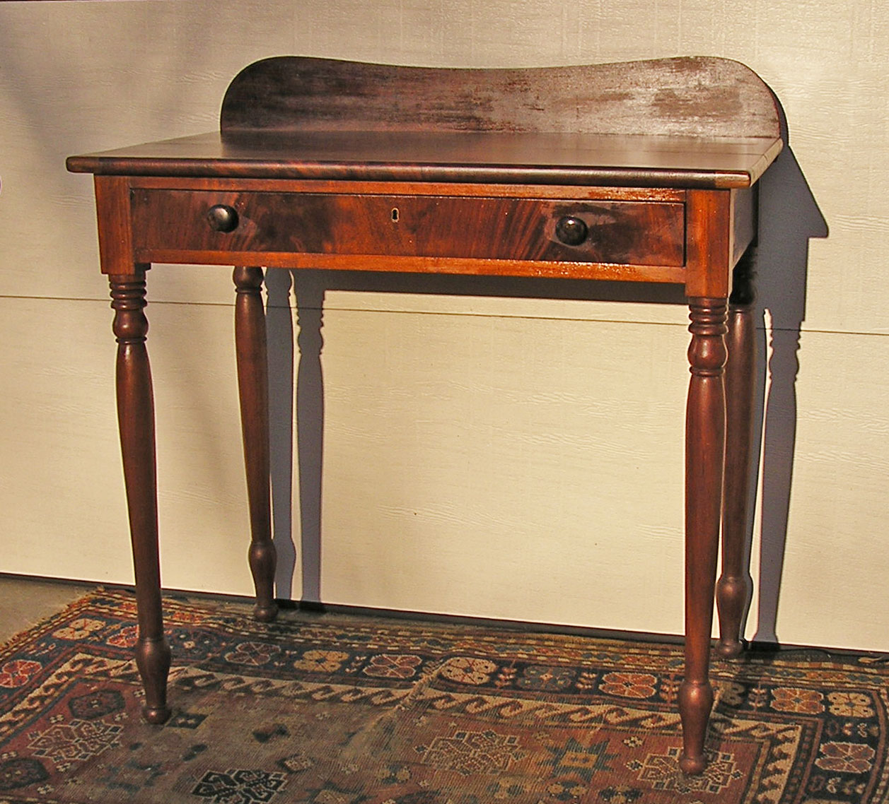 magnificent antique american sheraton cherry mahogany veneer dressing or serving table c 1810. Black Bedroom Furniture Sets. Home Design Ideas