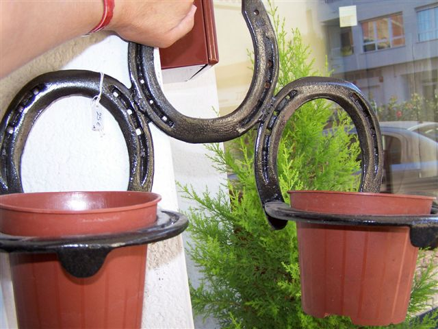 wall hanging plant holder made from horseshoes for sale