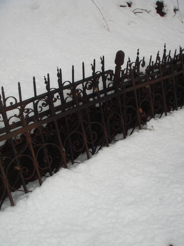 Ghostly Old Cemetery Fence Sku 1624 For Sale Antiques