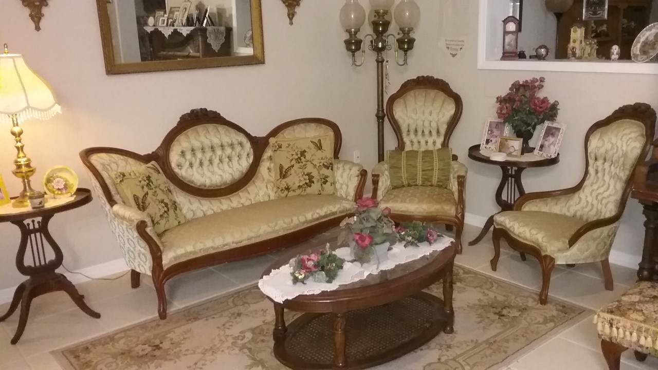 Victorian Sofa and Chairs Parlor Set For Sale | Antiques ...