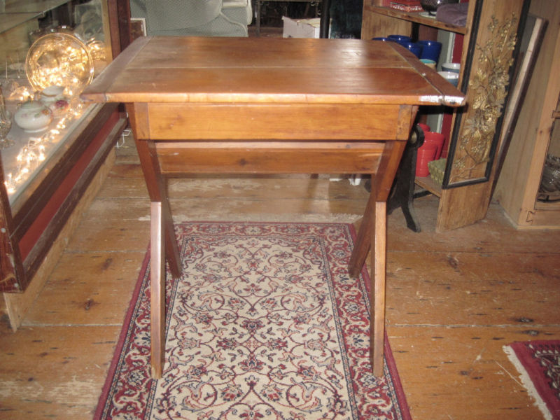 19thC New England Primitive Pine Sawbuck Table w Drawer