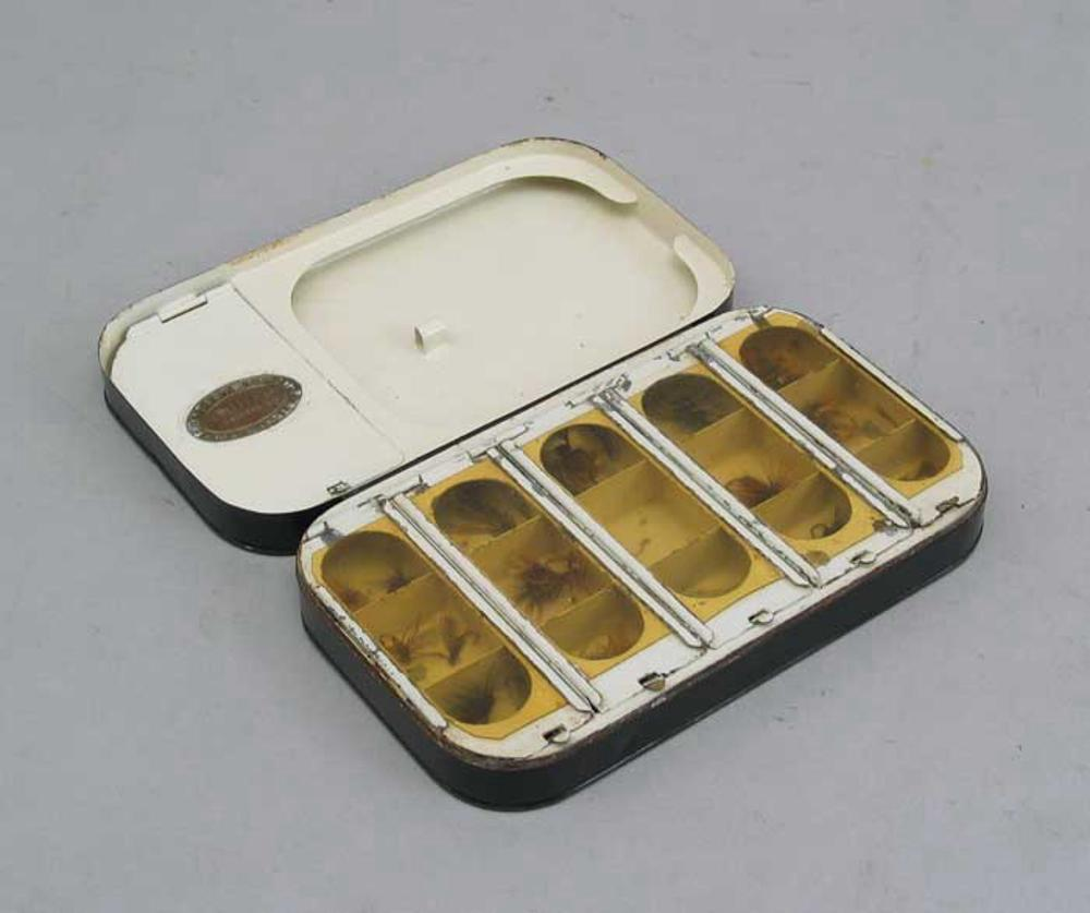 Fly fishing fly box by army navy for sale for Fly fishing box
