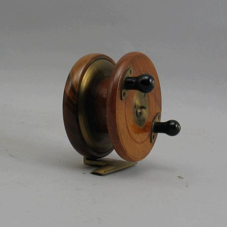 Antique Fishing Reel Millward S Mariner Frogback 4 1 2 Comes In Original Makers Box And Is Very Good Condition