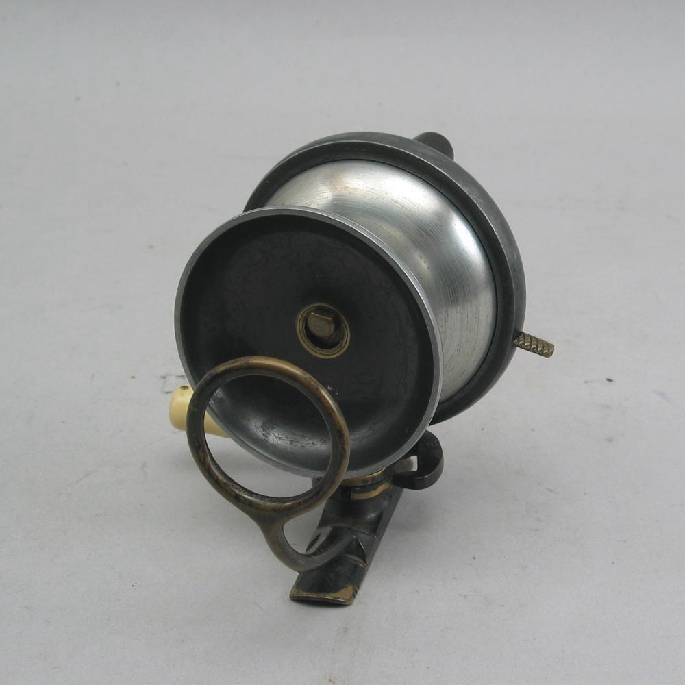 Antique sidecasting fishing reel by p d malloch of perth for Vintage fishing reels