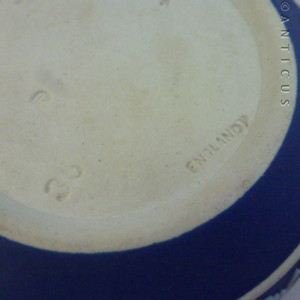 wedgwood marks dating wedgwood pottery and porcelain Josiah wedgwood and sons ltd burslem c1759, etruria c1769 wedgwood pottery and china marks it is interesting that continental copies provide one of the great.