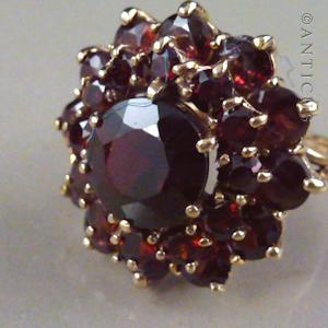 Garnet Cer Ring Gold Vintage