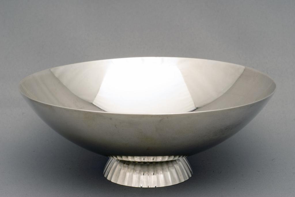 georg jensen bon bon bowl for sale. Black Bedroom Furniture Sets. Home Design Ideas