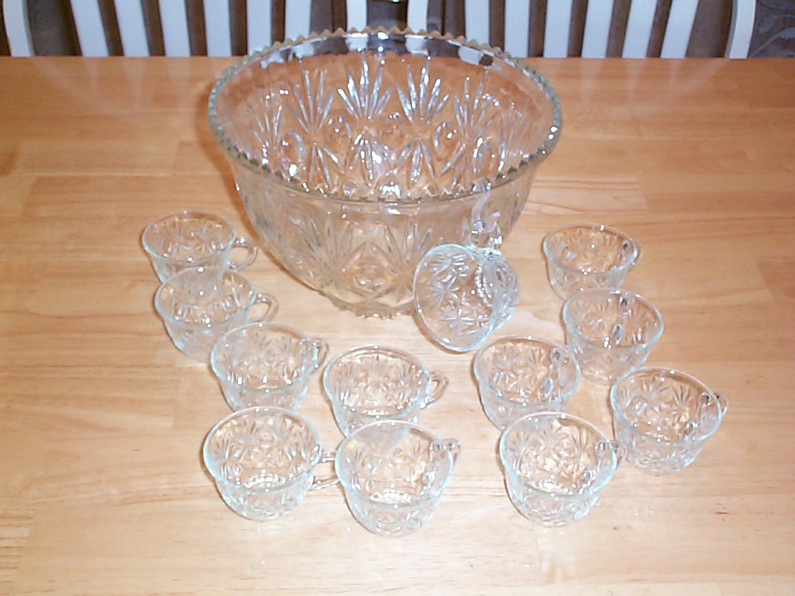 vintage pressed clear glass punch bowl 12 matching glasses for sale classifieds. Black Bedroom Furniture Sets. Home Design Ideas