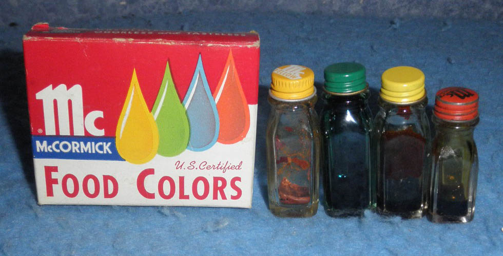Bottles McCormic\'s Food Color B5087 For Sale | Antiques.com ...