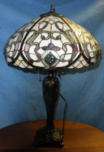 tiffany lamp dd419a for sale classifieds. Black Bedroom Furniture Sets. Home Design Ideas