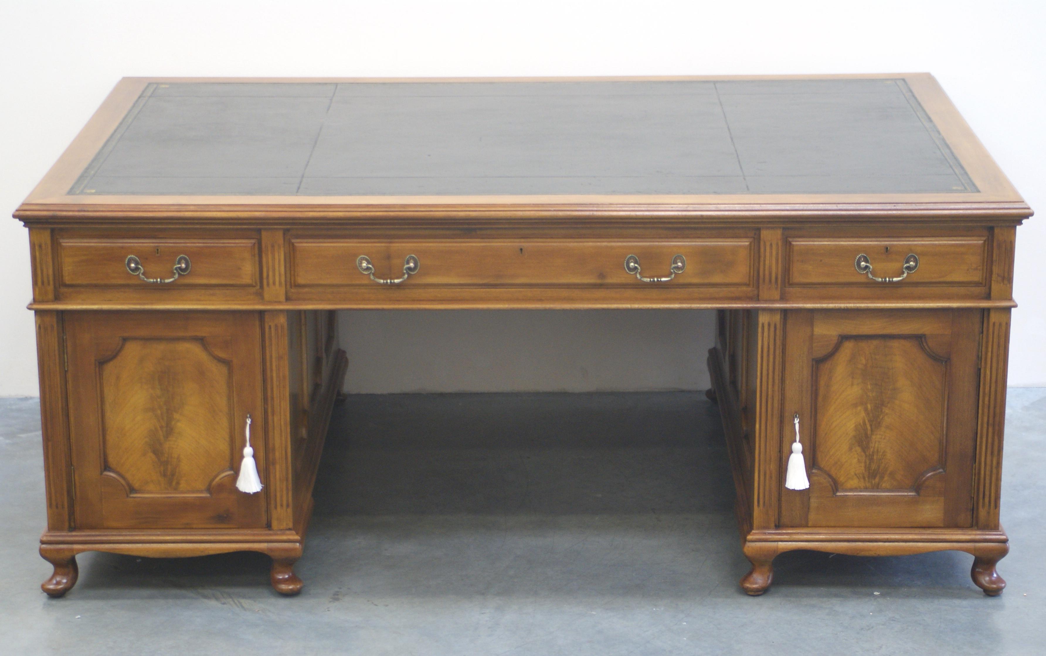 Antique Mahogany Partners Desk 1019 For Sale