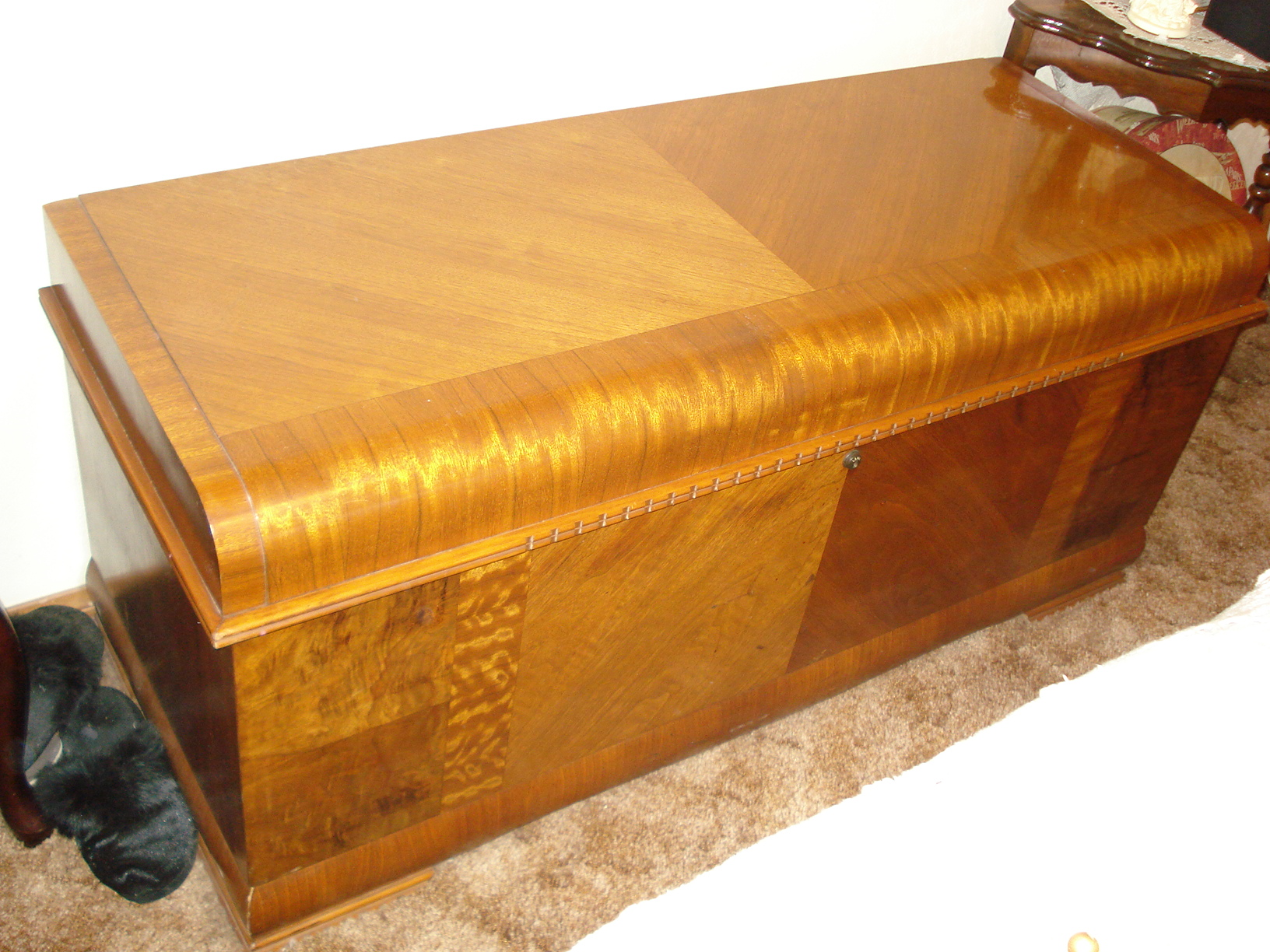 antique lane hope chest for sale - Hope Chests