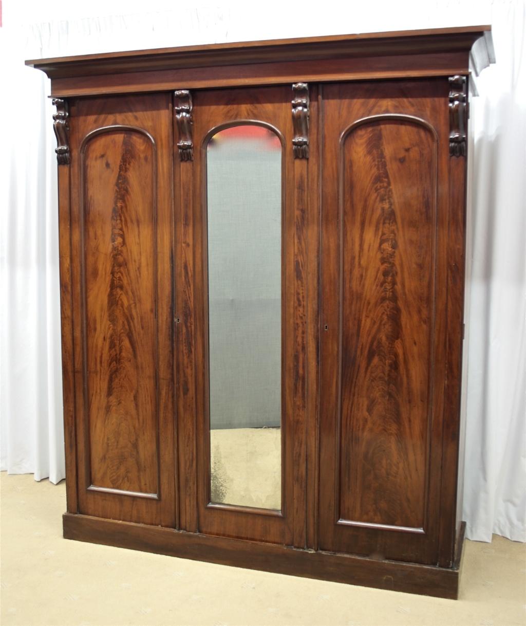 Victorian Mahogany Triple Door Wardrobe For Sale