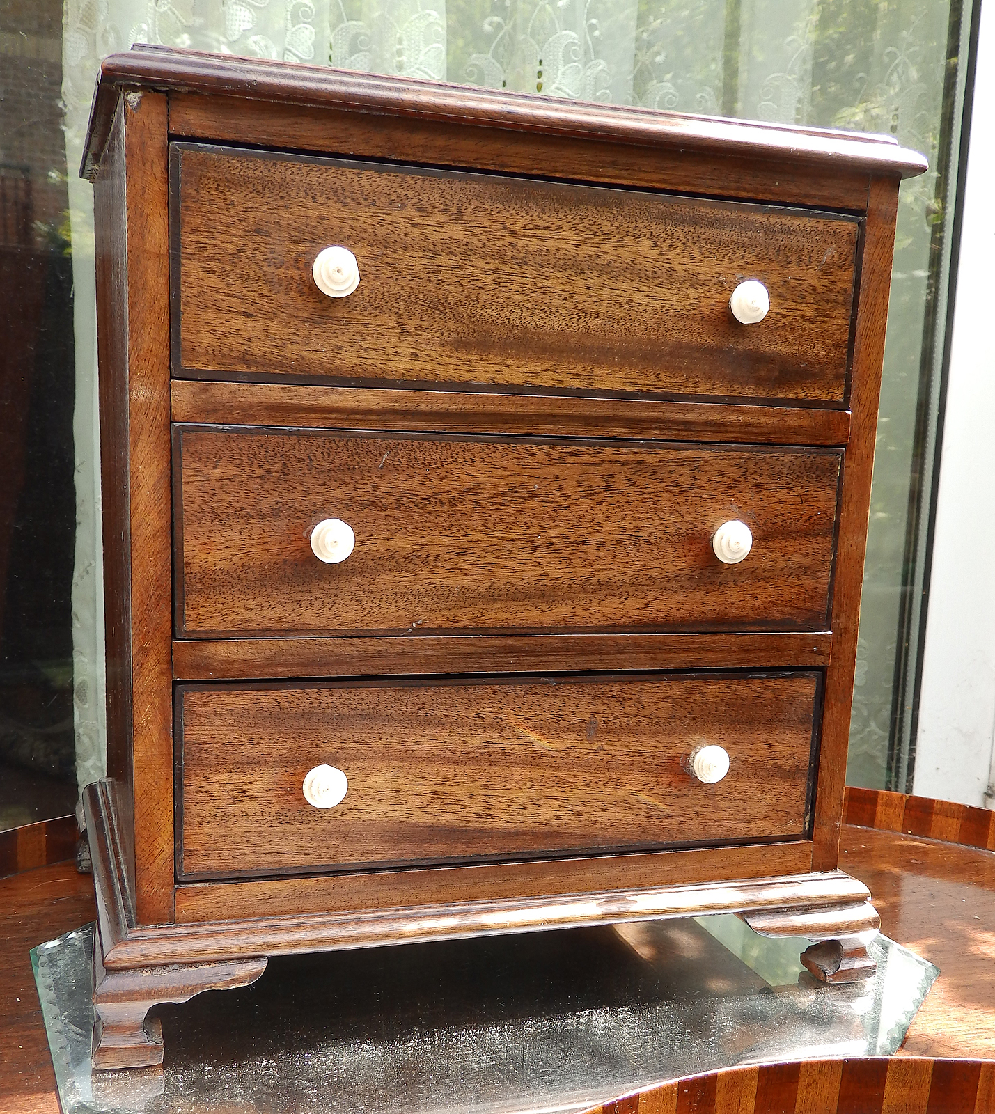 antique treen a victorian miniature apprentice chest of. Black Bedroom Furniture Sets. Home Design Ideas
