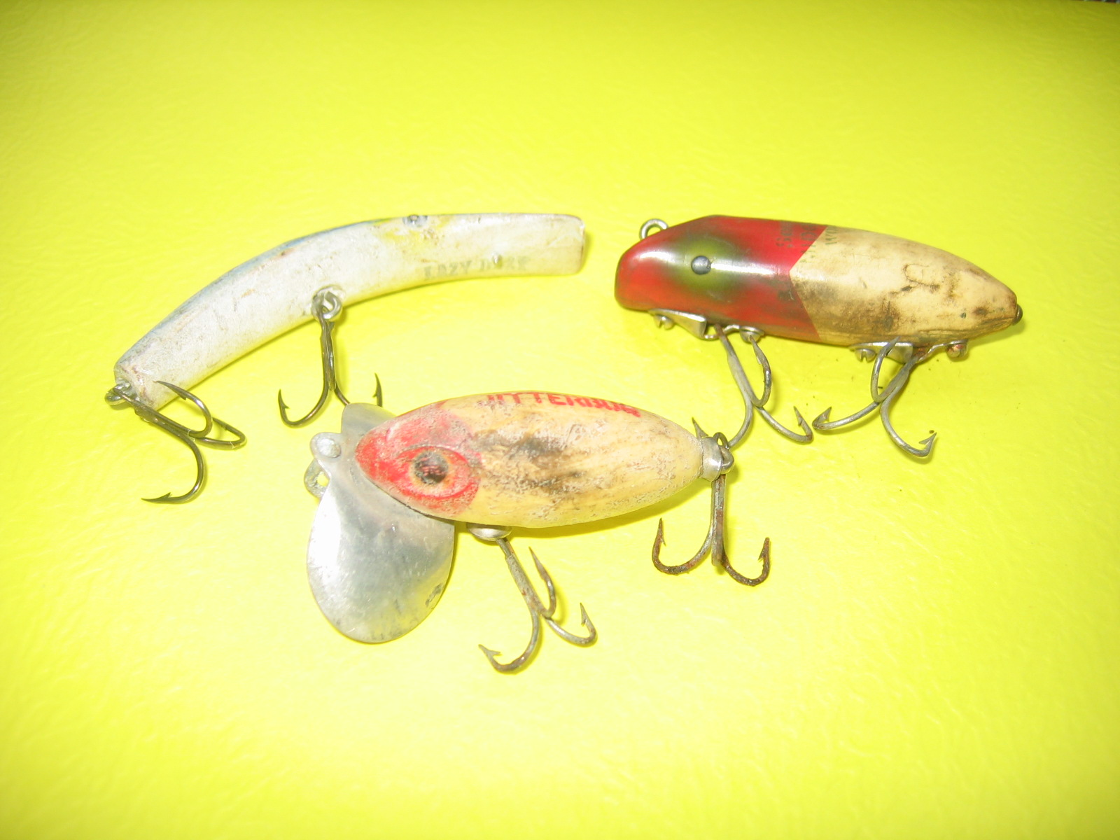 Antique wooden fishing lures bing images for Antique wooden fishing lures
