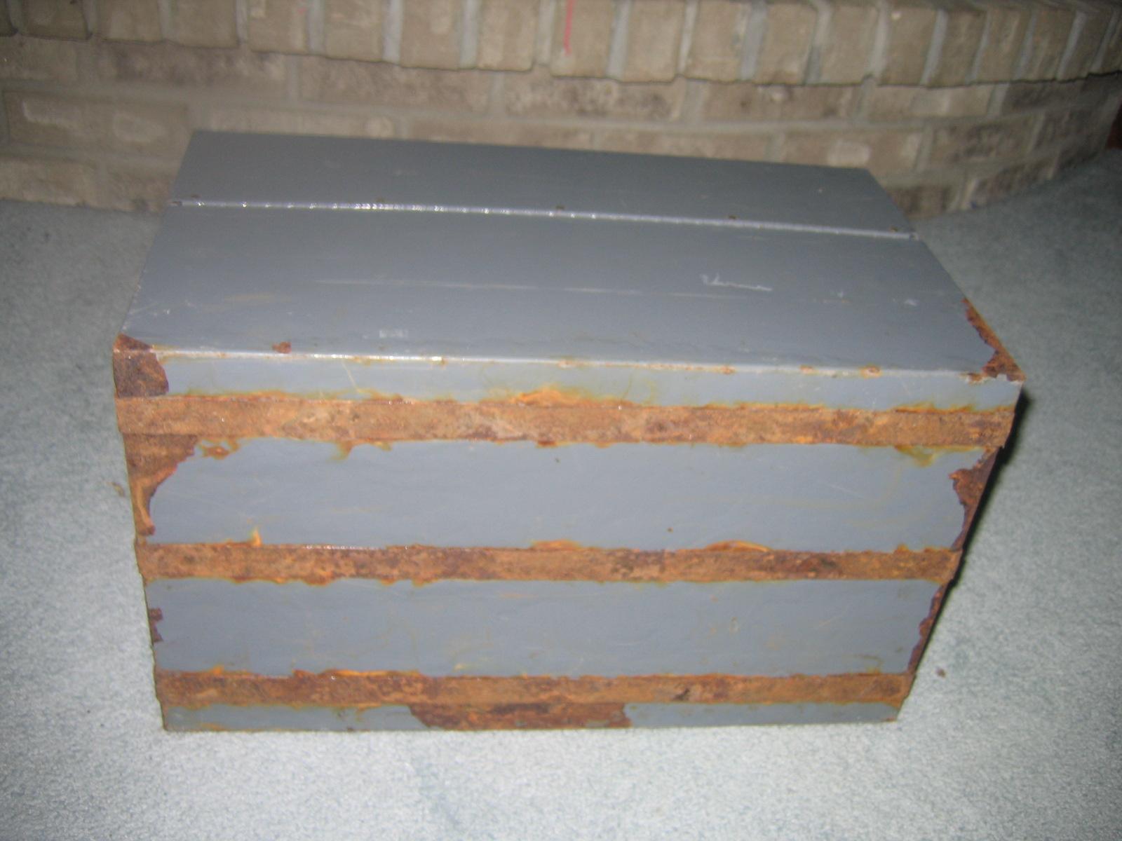 White Clad Ice Box Original Ori F