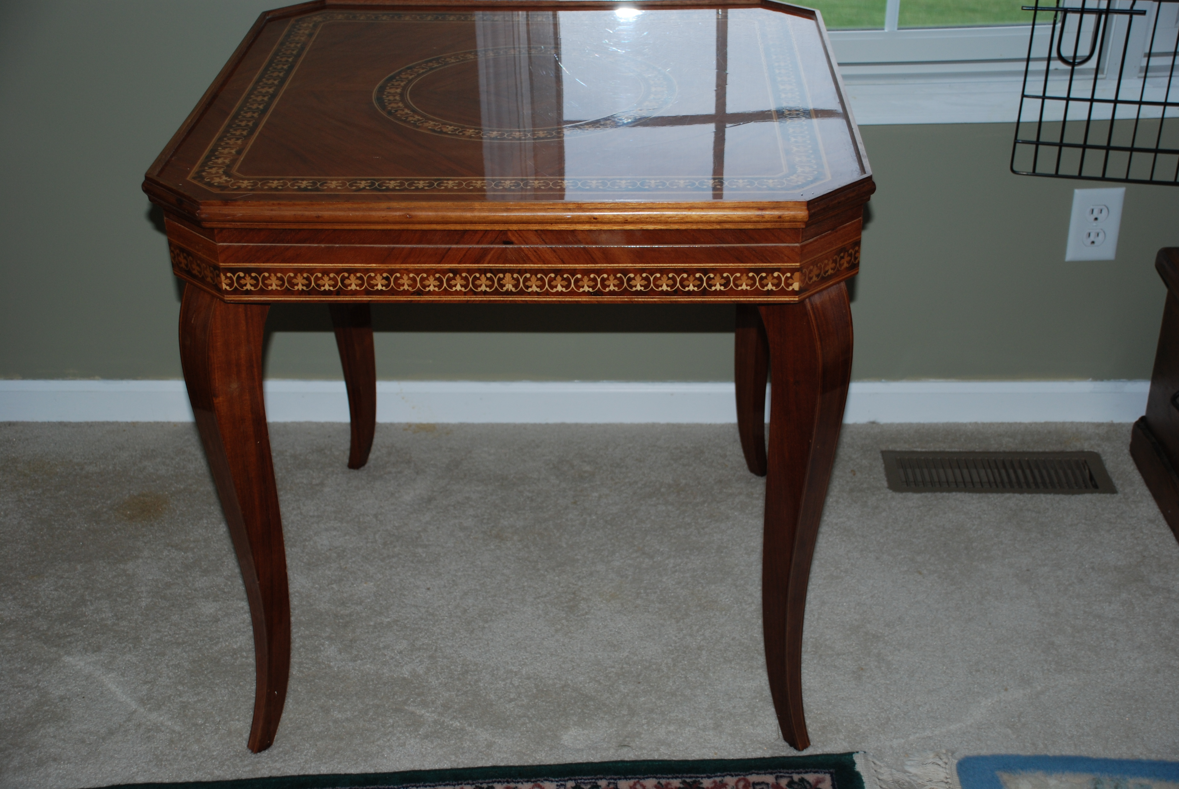 Superieur Inlaid Game Table Italian   For Sale