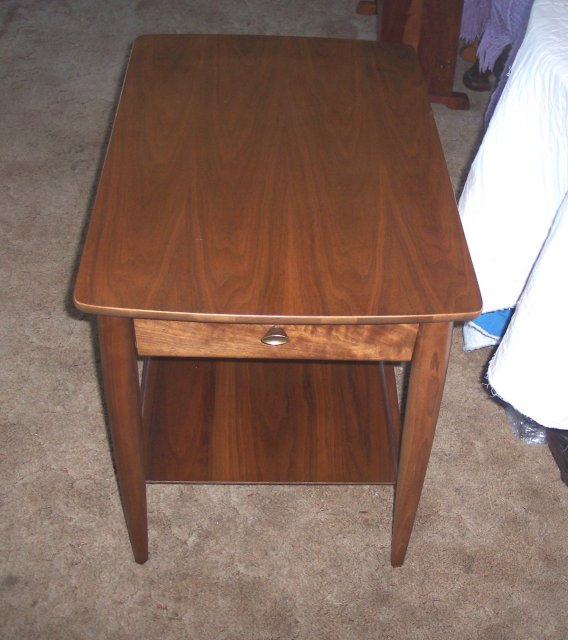 Perfect Mersman End Table with Drawer 568 x 640 · 67 kB · jpeg