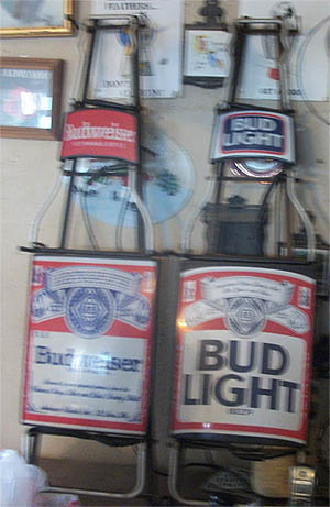Old Neon And Tin Beer Signs For Sale Antiques Com