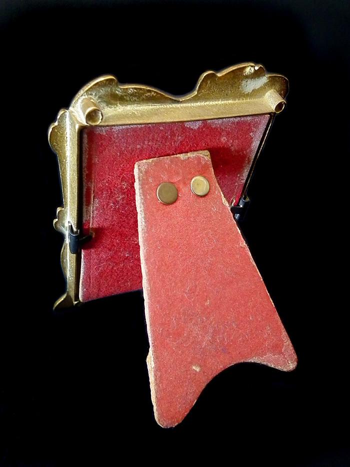 Original art nouveau brass frame c1900 for sale for Original sculptures for sale