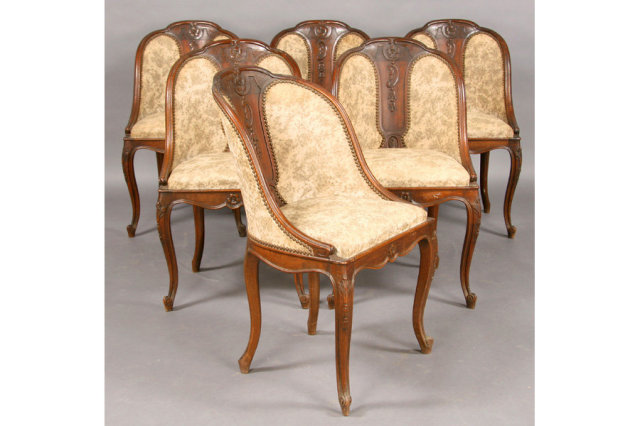 SET SIX ANTIQUE FRENCH BARREL BACK DINING CHAIRS c.1900 Today we offer you  this great Set of six antique French barrel back dining chairs with carved  back ... - SET SIX ANTIQUE FRENCH BARREL BACK DINING CHAIRS C.1900 For Sale