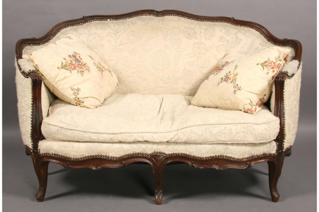 Carved Walnut French Louis Xv Settee Sofa Circa 1900 For