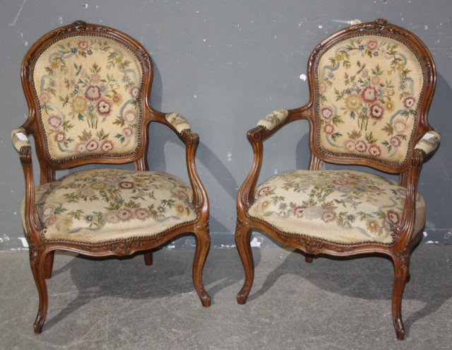 pair 2 french louis xv open arm chairs carved j6664 for sale classifieds. Black Bedroom Furniture Sets. Home Design Ideas