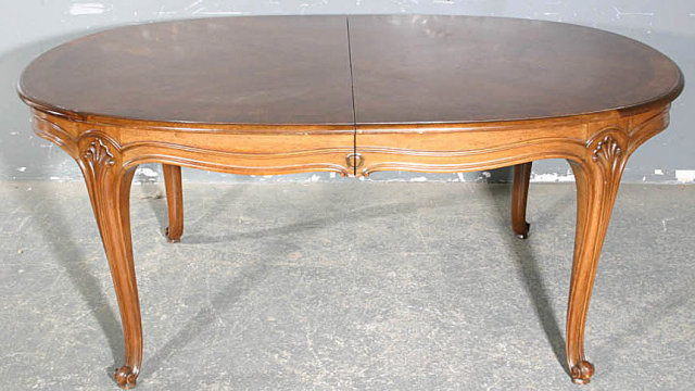This Is A Great French Walnut Louis XV Style Dining Table Look At The Shapely Oval Top And Smaller Size Color Condition Too