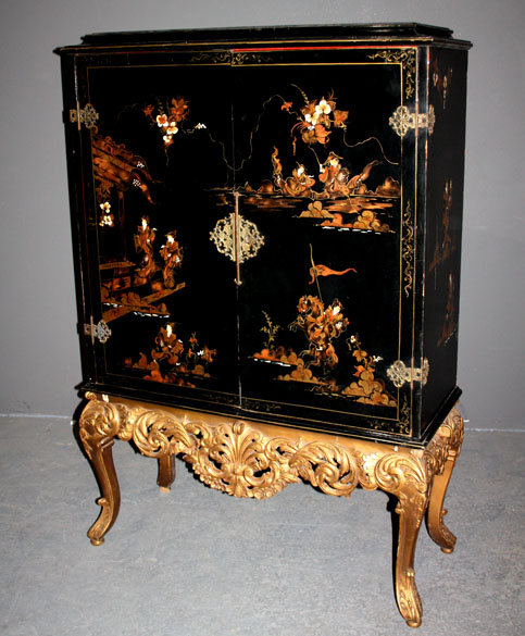Enlarge Photo - Antiques.com ClassifiedsAntiques » Antique Furniture »  Antique - Antique Chinoiserie Furniture Antique Furniture