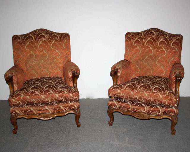 antique french louis xv carved bergere chairs a382 for sale classifieds. Black Bedroom Furniture Sets. Home Design Ideas