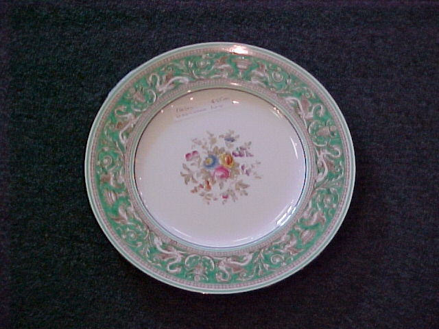 wedgwood dinner plates for sale classifieds. Black Bedroom Furniture Sets. Home Design Ideas