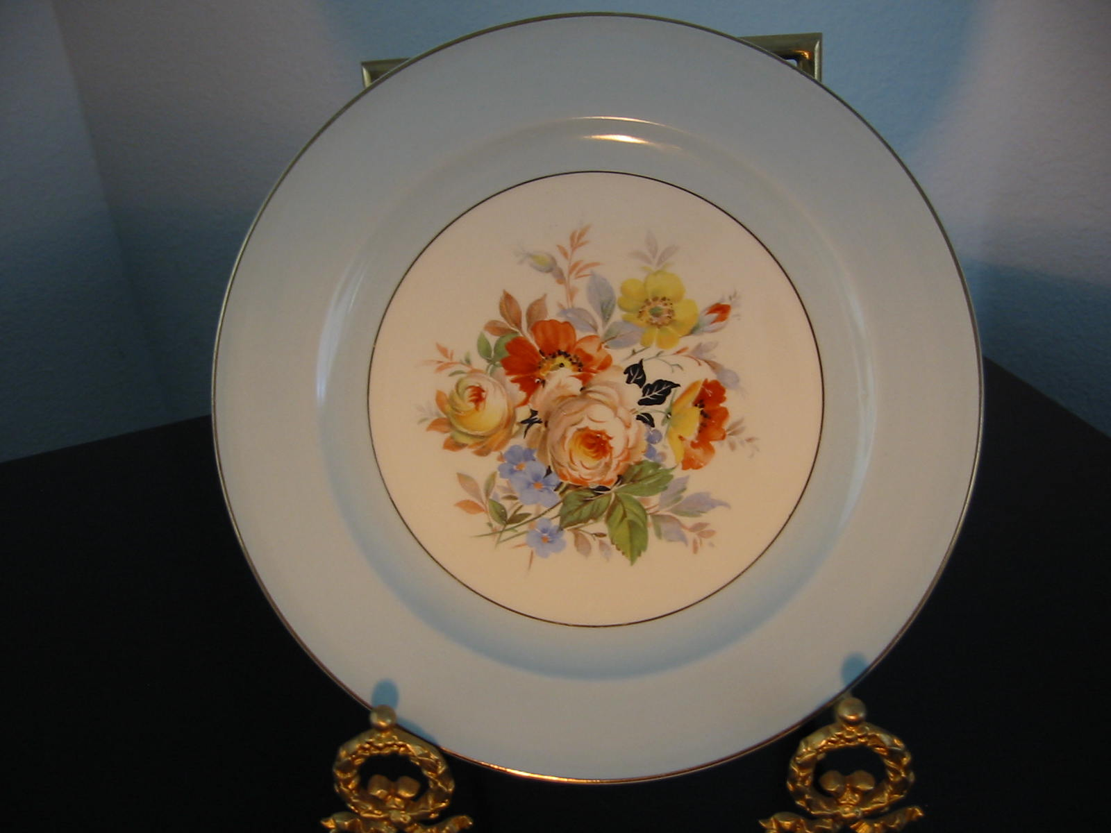 beautiful blue floral porcelain platest& markednumbered Semi Vitreous Edwin M. Knowles China Co. Made in U.S.A. 41-3. gilt trimexcellent condition. & Edwin M. Knowles Semi Vitreous Porcelain Plate For Sale | Antiques ...