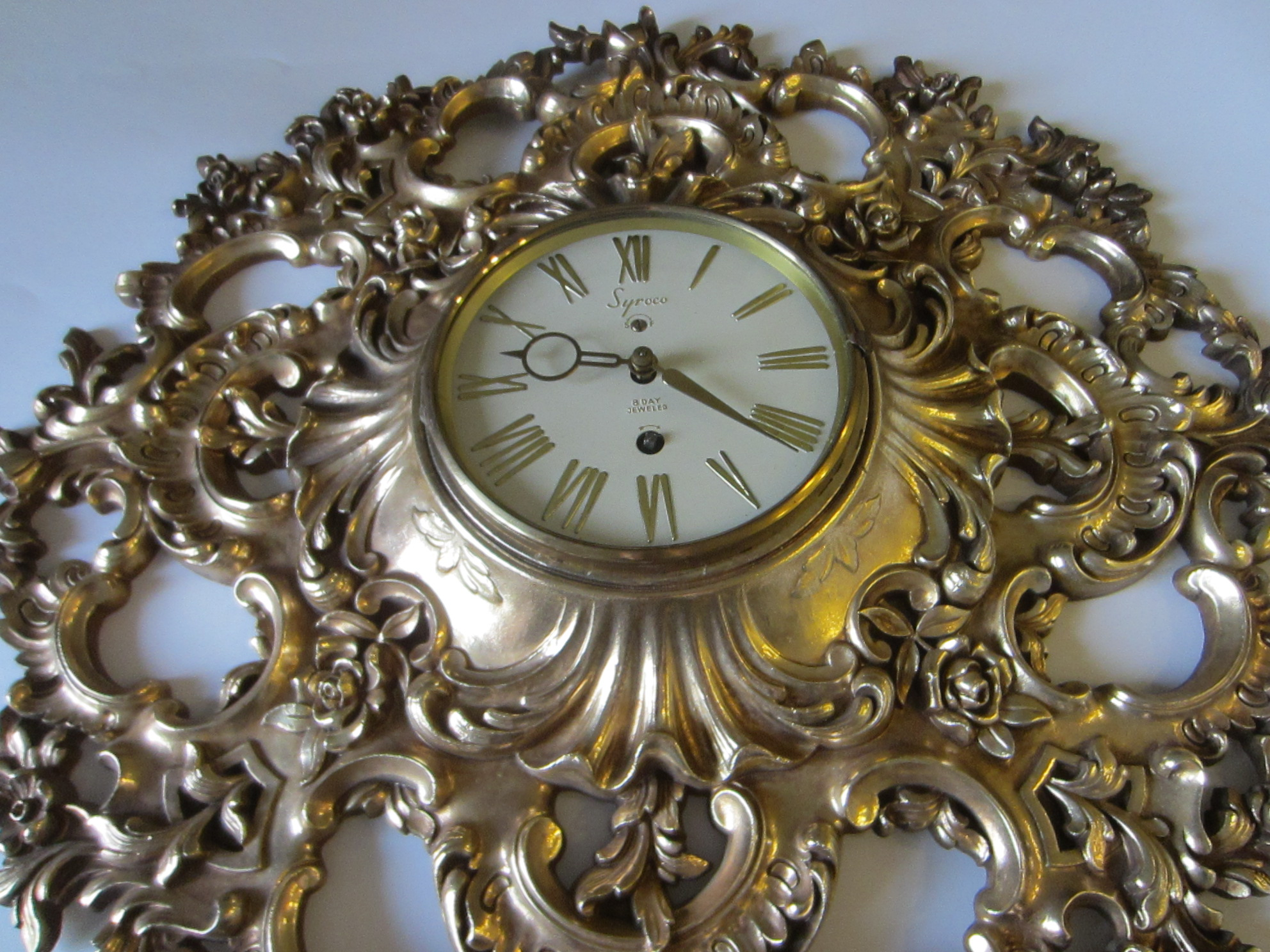 Syroco Rococo Style 8 Day Clock Mid Century Golden Wall Decor For