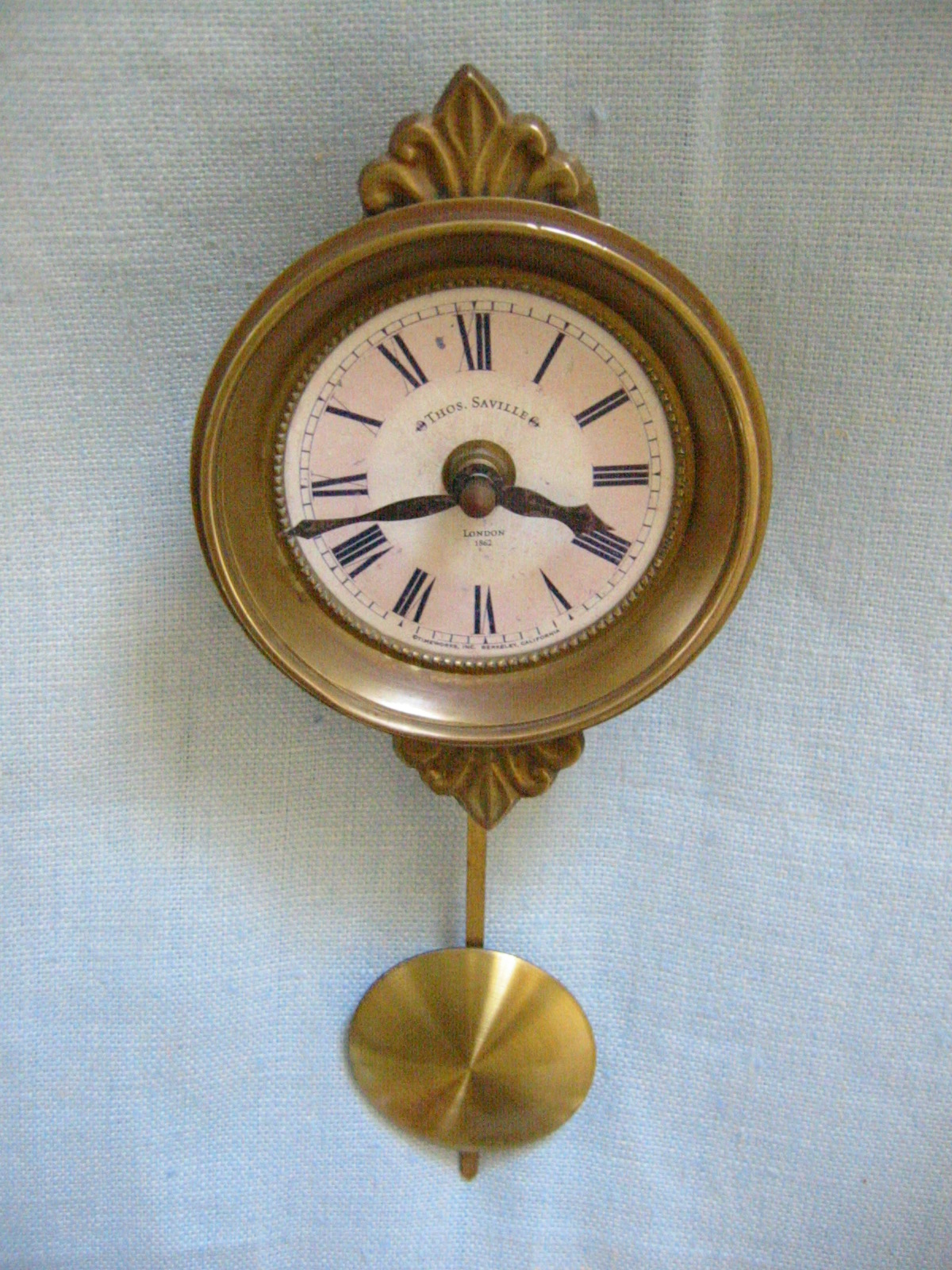 Thos saville london style brass pendulum wall clock for sale classifieds - Stylish pendulum wall clock ...