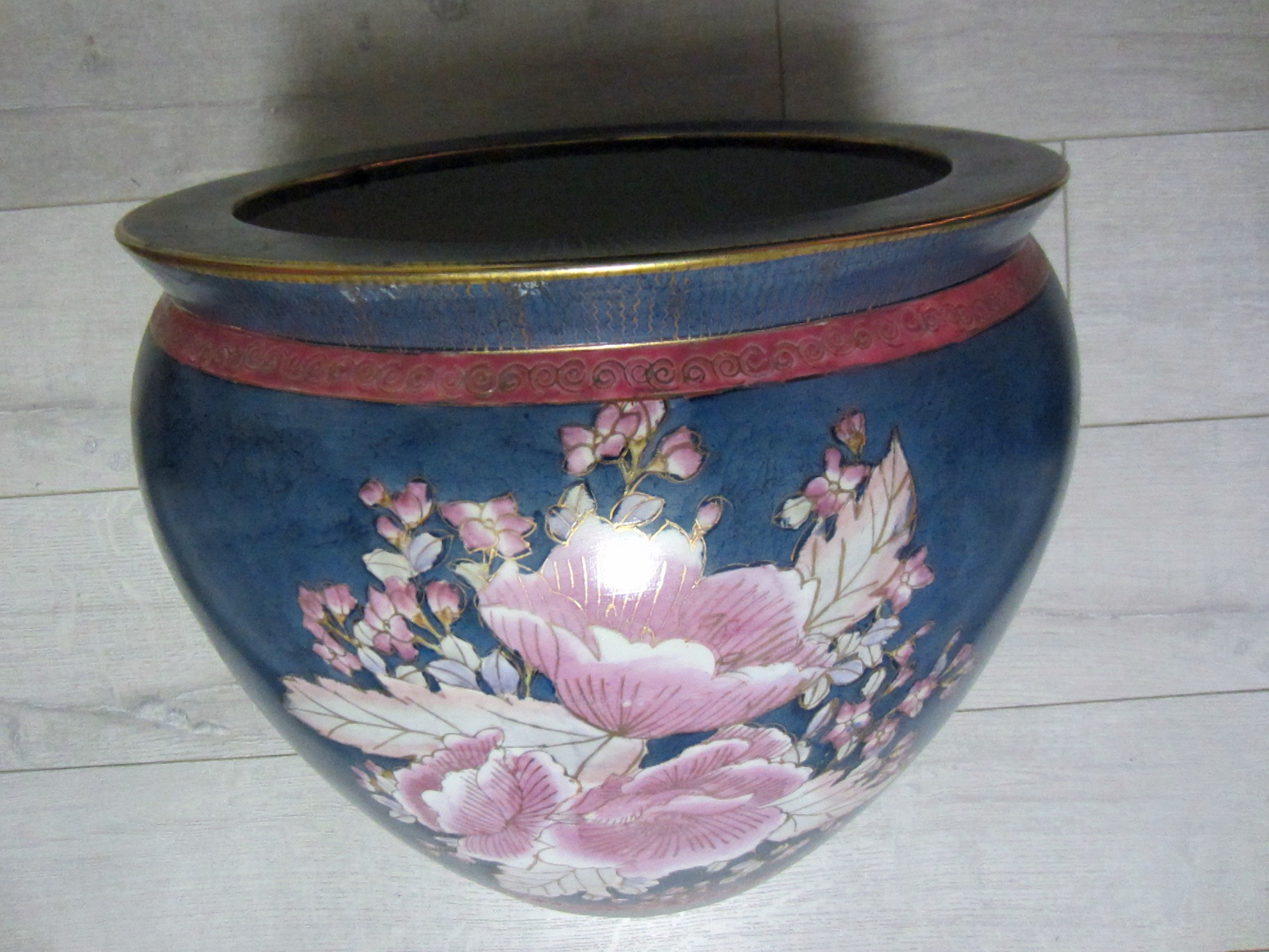Chinese porcelain fish bowl planter hand painted floral for Decorative fish bowls