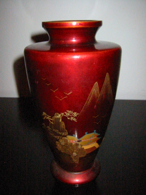 Japan Aizu Ware Chinoiserie Red Lacquer Vase For Sale