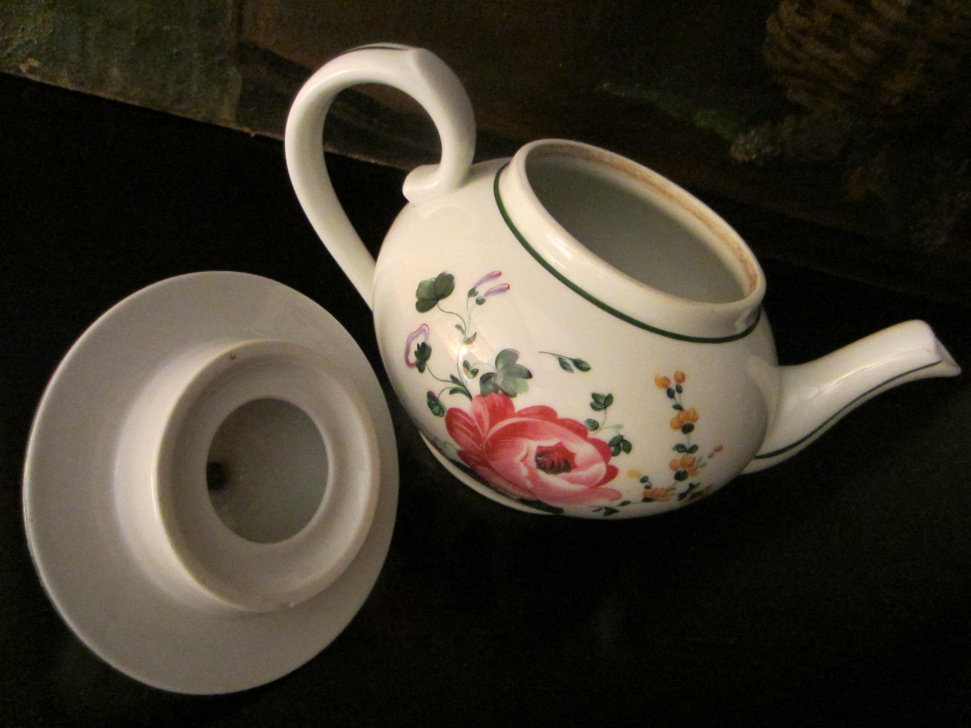 Apilco France Porcelain Floral Teapot Made For William Sonoma Grande