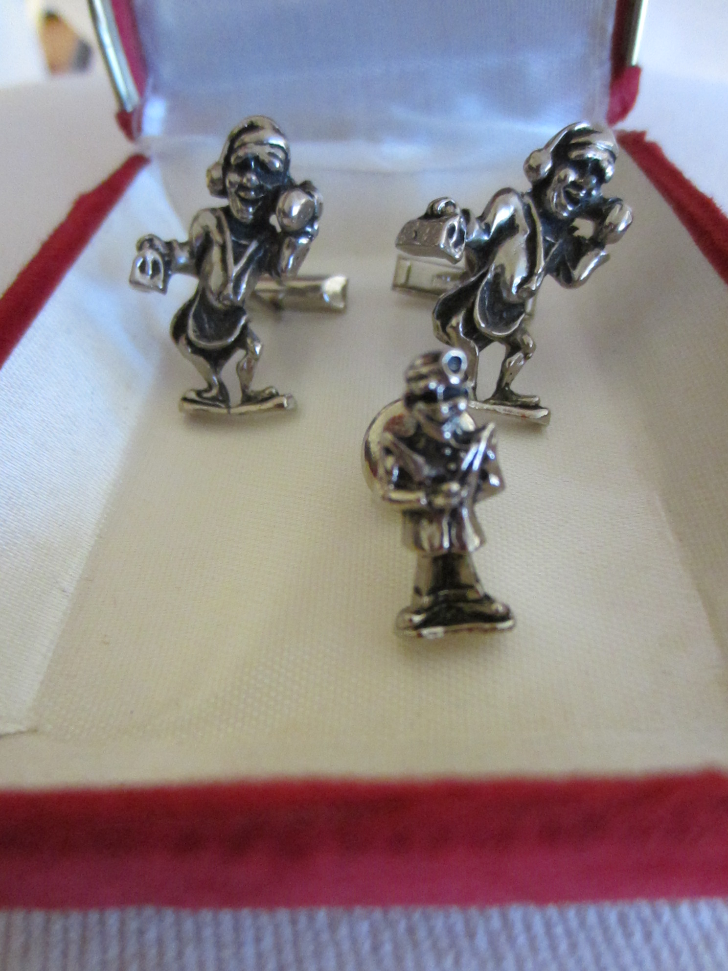 House Visit With Doctor S Bags Set Of Cuff Links And Tie Tack Wit Patent Numbers Engraving On Levers Made Pewter Characteristic Jacob M Oldak