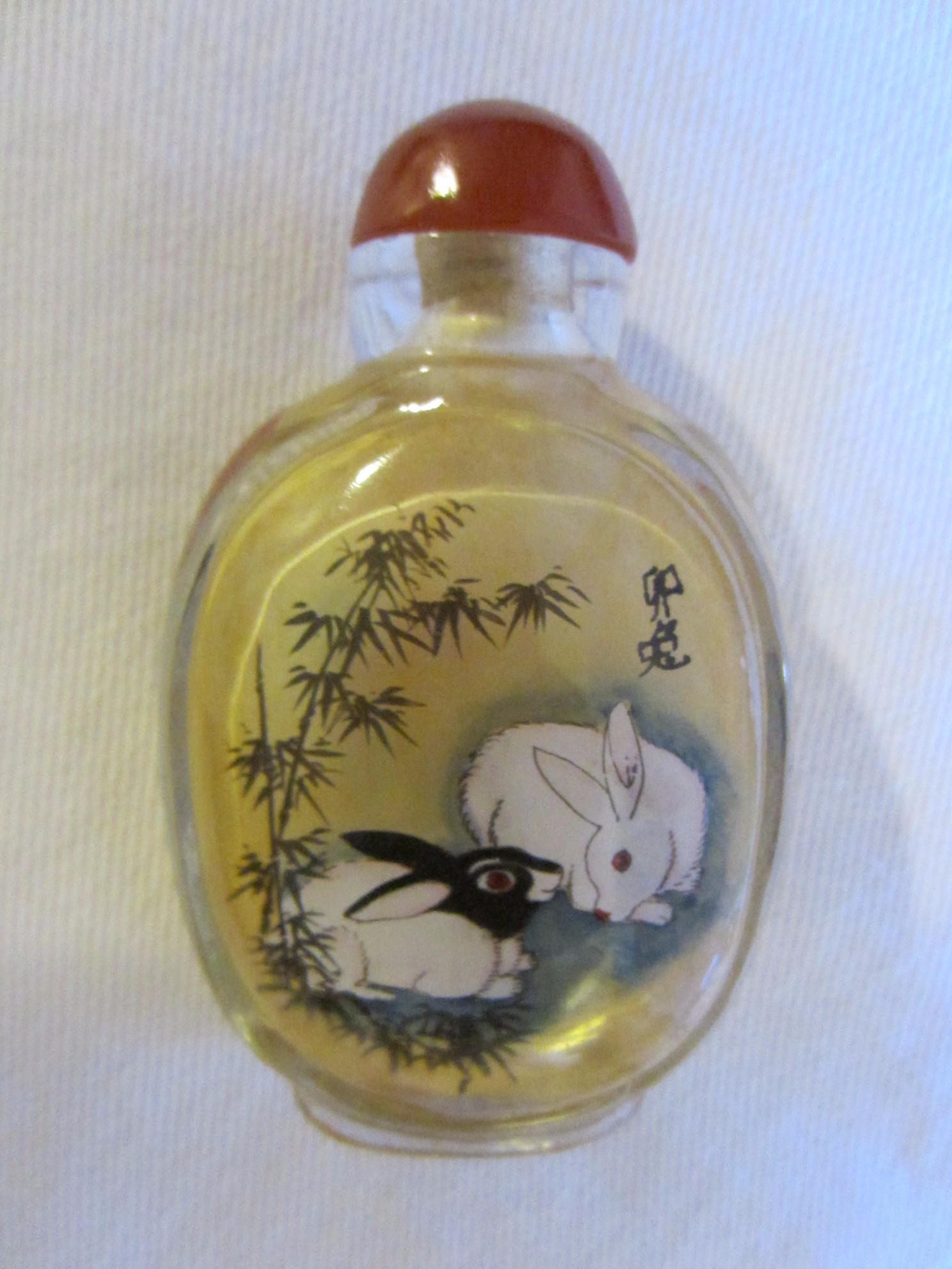 Chinese snuff bottle reverse painted rabbits figures glass Painting old glass bottles