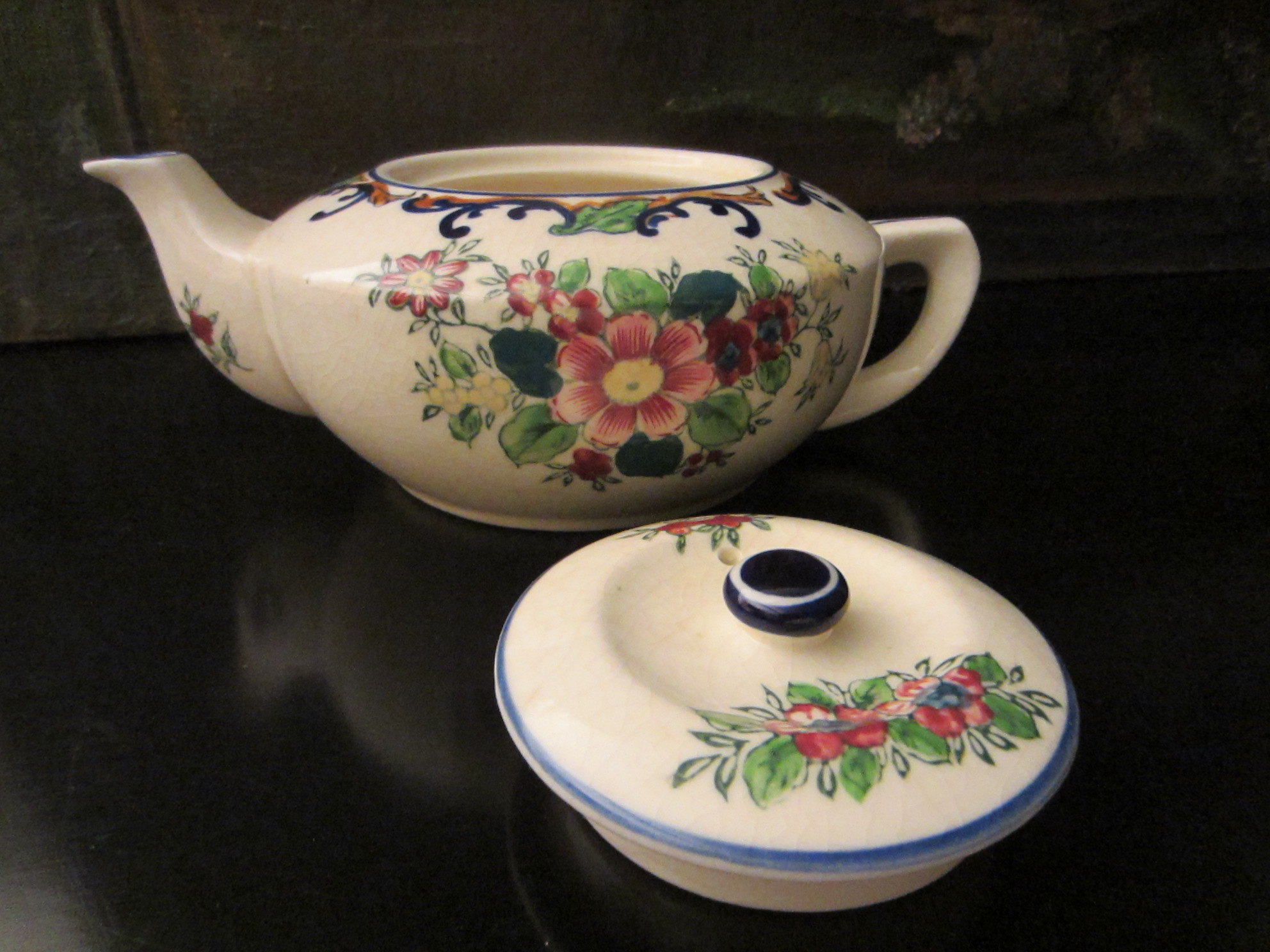 Japanese Antique Floral Teapot For Sale
