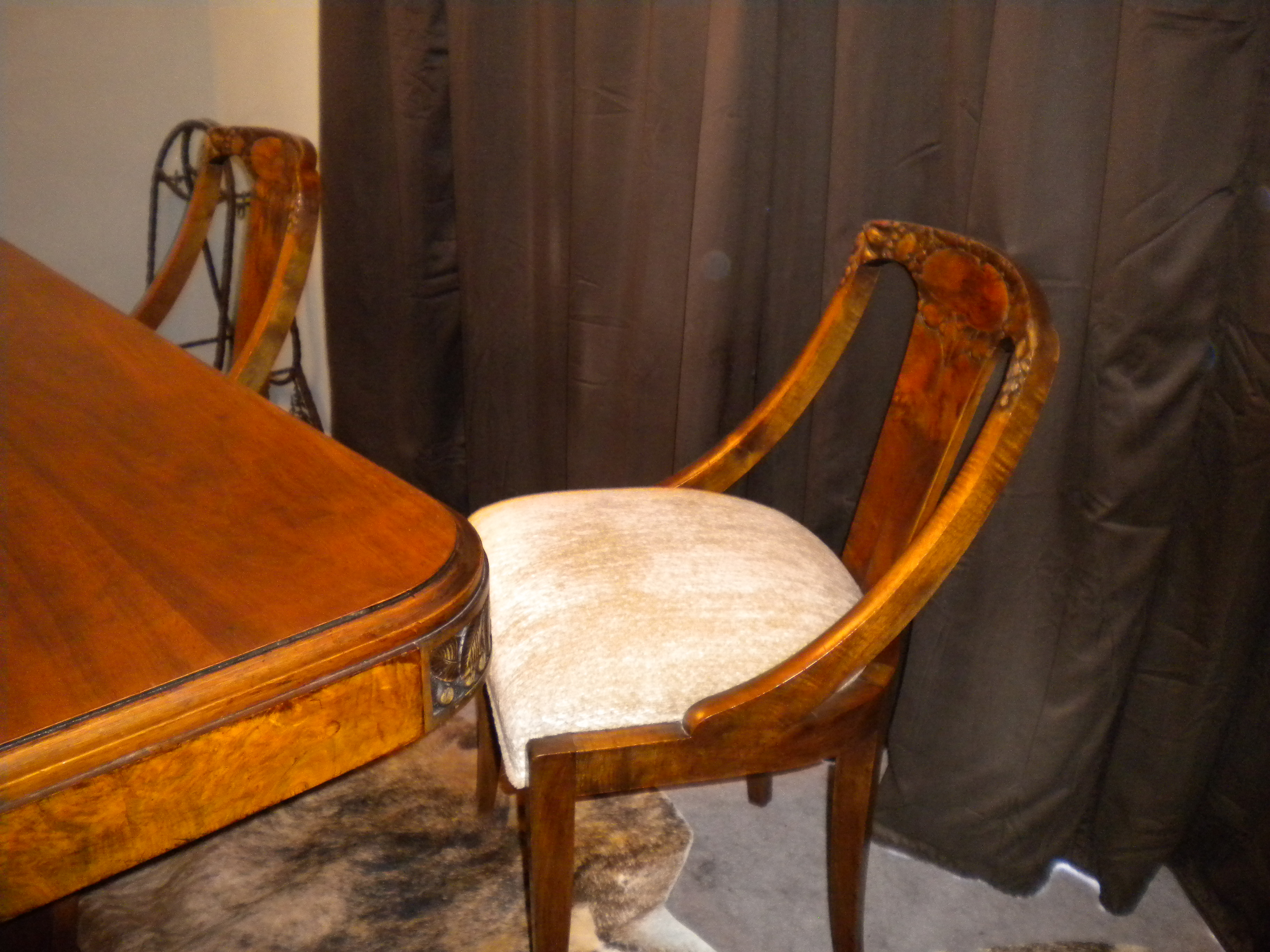 French Walnut Dining Room Table U Base And Chairs For