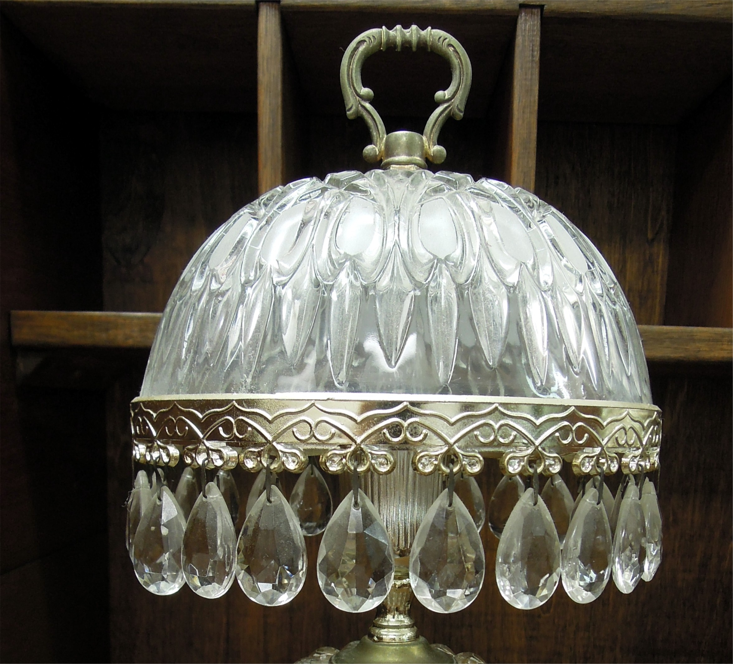 sold pair of small vintage glass crystal table lamps for sale. Black Bedroom Furniture Sets. Home Design Ideas