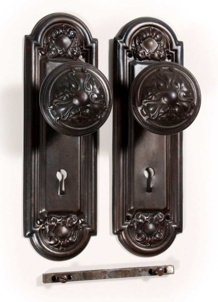 """Eleven Matching Antique Door Hardware Sets, """"Crofton"""" by Reading Hardware,  1910 NDKS93 - For Sale - Eleven Matching Antique Door Hardware Sets, """"Crofton"""" By Reading"""