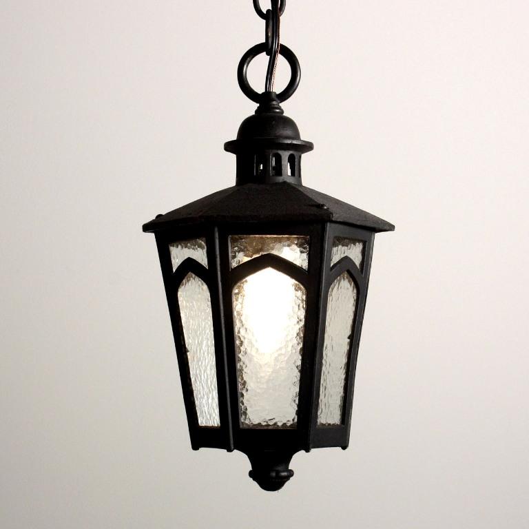 Porch Light Appraisal: Amazing Antique Tudor Exterior Lantern With Clear Textured