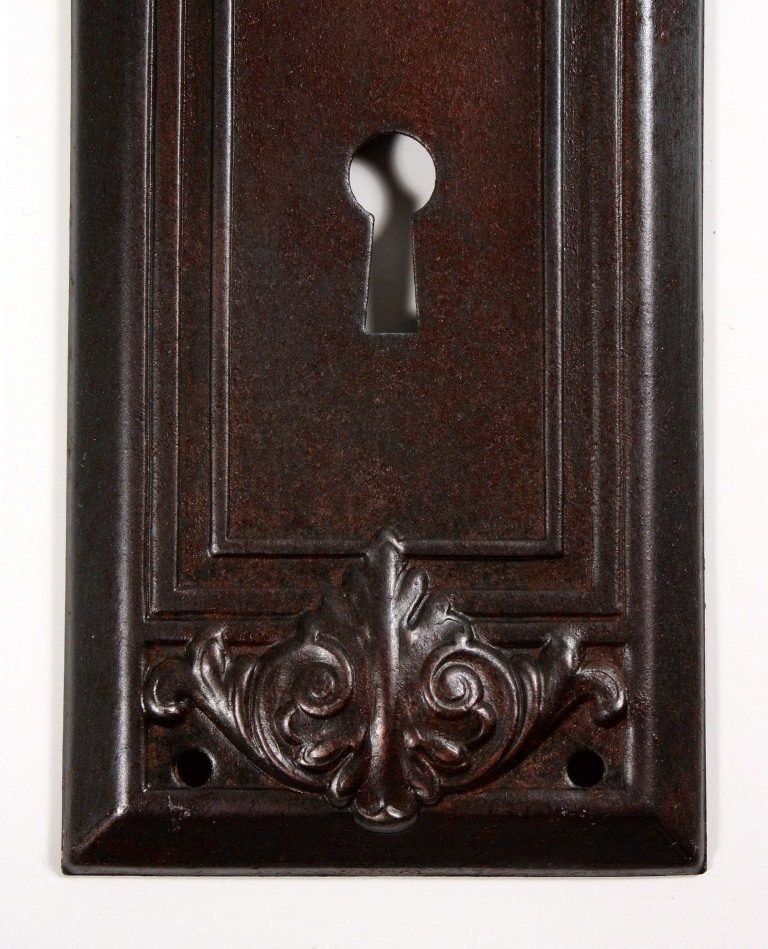 Antique arts crafts door hardware sets with leaf design for Arts and crafts style hardware