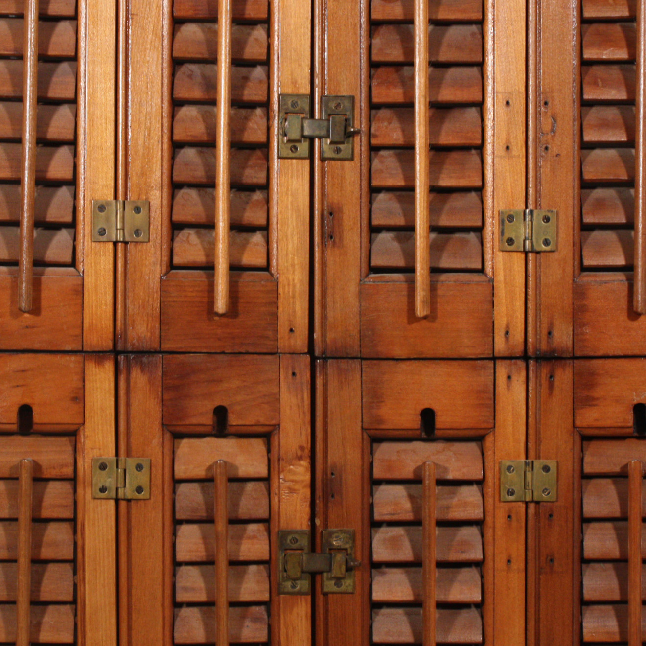 Outstanding Antique Interior Wood Shutters, Early 1900\'s NSHR3-RW ...