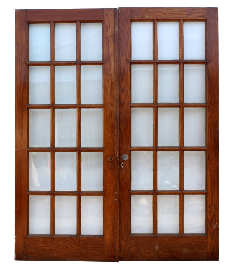Gorgeous Antique Oak French Doors with Beveled Glass NED48 - For Sale - Gorgeous Antique Oak French Doors With Beveled Glass NED48 For Sale