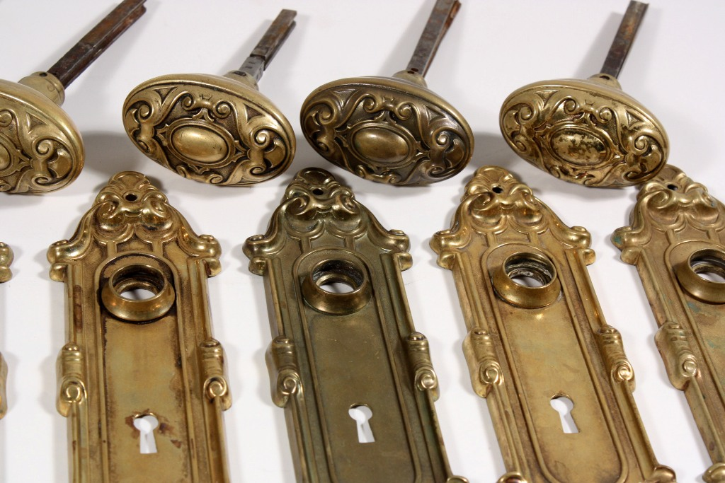 Superb Antique Brass Door Hardware Sets, U201cMeridianu201d By Yale U0026 Towne, C. 1910  NDKS64    ONE AVAILABLE   For Sale