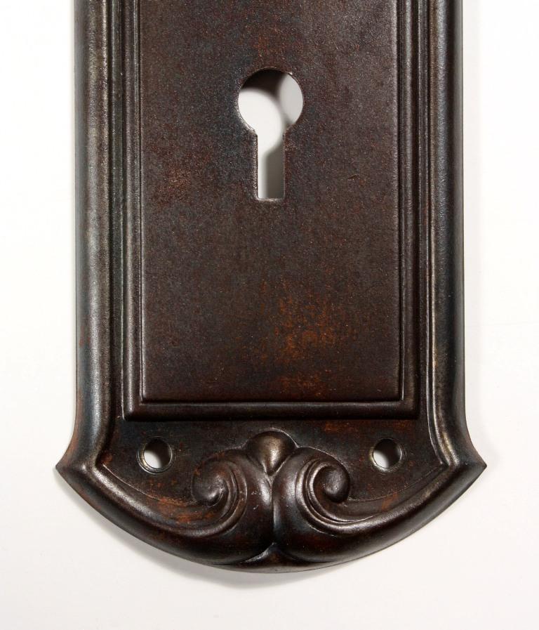 dating antique door knobs
